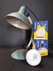 Sale 8971 - Lot 1070 - Industrial Metal Infraterm Table Lamp & Pair of Spare Heat Bulbs (Lamp - H:52 x W:32 x D:22cm)