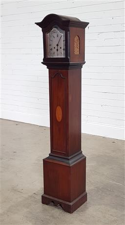 Sale 9196 - Lot 1077 - Early 20th Century Mahogany Shortcase or Grandmother Clock, having two-train mantle clock movement, with arched hood enclosing a s...