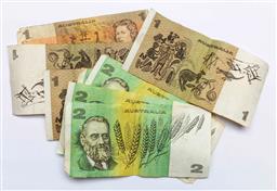 Sale 9156 - Lot 61 - A collection of vintage Australian money notes