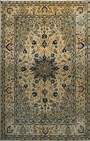 Sale 8360C - Lot 18 - Persian Kashan 310cm x 205cm