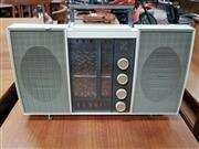 Sale 8476 - Lot 1039 - Ferris Retro Radio - in working order
