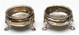 Sale 9211 - Lot 48 - A Pair Of Georgian Sterling Silver Salts (Dia 7cm) (Wt 100grams)