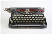 Sale 8840 - Lot 28 - Corona Vintage typewriter