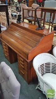 Sale 8390 - Lot 1504 - Maple Roll Top Twin Pedestal Desk