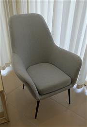 Sale 8858H - Lot 52 - La Forma Occassional Chair in Blue, H 95 x W 74 x D 52 cm, as new -