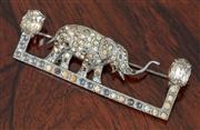 Sale 9070H - Lot 75 - An Elephant brooch, Length 4cm