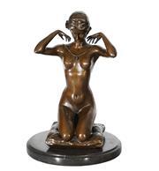 Sale 9034A - Lot 5081 - Woman Kneeling, bronze sculpture on marble base after Ponsard, H 26 cm