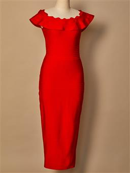Sale 9093F - Lot 4 - A Loreta bodycon style red long evening dress, size M