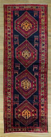 Sale 8589C - Lot 69 - Persian Shiraz , 340x120