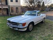Sale 8620V - Lot 7 - Mercedes-Benz 560SL Convertible                                     Year: 1989 ...