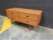Sale 9022 - Lot 1050 - Vintage Teak 4 Drawer Dresser (h:57 x w:116 x d:46cm)
