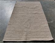 Sale 8851 - Lot 1066 - Hand Made Modern Indian Rug (230 x 160cm)