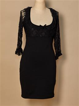 Sale 9093F - Lot 76 - A Wheels & Dollbaby black fitted lacy dress, size 4