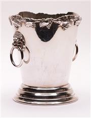 Sale 9018O - Lot 897 - Australian EPNS ice bucket with lion handles, Stokes & Sons Sydney (H20cm)