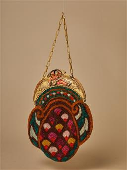 Sale 9093F - Lot 20 - An Antique beaded purse with intricate detailing on handle