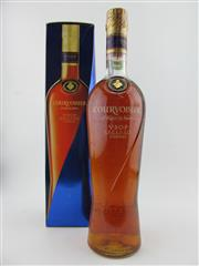 Sale 8385 - Lot 628 - 1x Courvoisier VSOP Exclusif Cognac - old bottling, in box