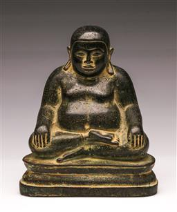 Sale 9110 - Lot 38 - A Cambodian bronze seated Buddha (H:16cm)