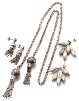 Sale 9149 - Lot 368 - THREE ITEMS OF VINGTAGE SILVER JEWELLERY; Mexican silver suite lariat with rope twist chain to tassel terminals, length 83cm, and ma...