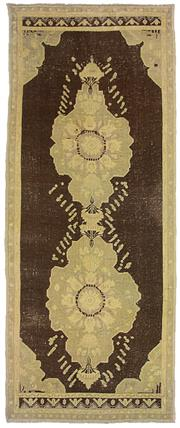 Sale 8725C - Lot 31 - A Vintage Turkish Dasbinaf Carpet, Hand-knotted Wool, 260x102cm, RRP $1,950