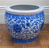 Sale 8735 - Lot 100 - A Chinese blue and white jardiniere with stylised floral decoration, H 33 x Dia 38cm