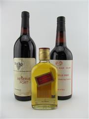 Sale 8454W - Lot 36 - 3x Bottles incl JW Whisky