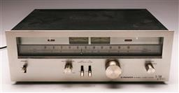 Sale 9136 - Lot 59 - A Pioneer TX-7500 stereo tuner