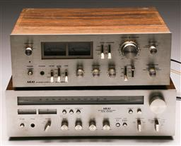 Sale 9136 - Lot 9 - Akai receiver and amplifier (AA-1040 & AM2800)