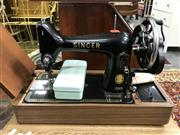 Sale 8822 - Lot 1202 - Vintage Singer Sewing Machine