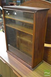 Sale 8545 - Lot 1053 - Counter Top Display Cabinet