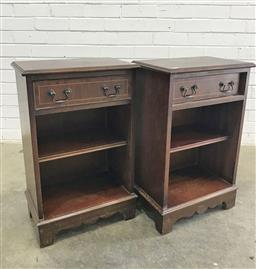 Sale 9121 - Lot 1013 - Pair of Victorian single drawer bedsides (h:71 w:41 d:25cm)