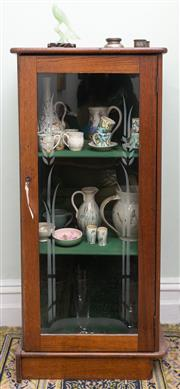 Sale 8653A - Lot 52 - An oak cabinet with etched glass door revealing two shelves, H 115 x W 54 x D 31cm