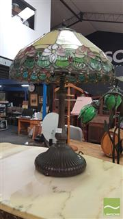 Sale 8404 - Lot 1043 - Leadlight Shade Table Lamp