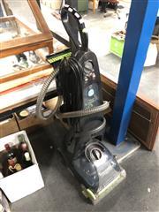 Sale 8789 - Lot 2326 - Wertheim Up-Right Vacuum