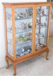 Sale 8369A - Lot 5 - A Queen Anne style mahogany double fronted glass display cabinet on short cabriole legs, H 143cm x W 107 x D 38cm