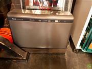 Sale 8582 - Lot 2231 - Rinnai Convector 506 Gas Heater