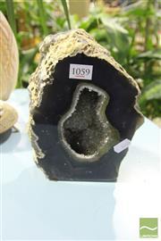 Sale 8499 - Lot 1059 - Agate Cave Quartz Heart