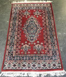 Sale 9108 - Lot 1069 - Persian red and blue tone rug (160 x 96cm)