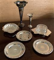 Sale 8510A - Lot 71 - A small quantity of silver plated wares including two trumpet vases and an Australian shape preserve dish, a shell form example and...