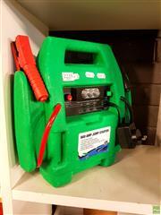 Sale 8582 - Lot 2235 - 600 amp Jump Starter