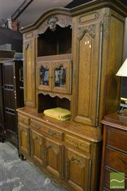 Sale 8472 - Lot 1007 - Large Oak Buffet and Hutch