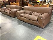 Sale 8744 - Lot 1091 - Leather 2 Piece Lounge Suite inc 3 Seater and 2 Seater