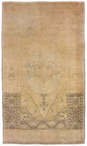 Sale 8725C - Lot 87 - A Vintage Turkish Tashpinar Carpet, Hand-knotted Wool, 179x314cm, RRP $4,000