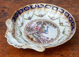 Sale 9120H - Lot 61 - A Chamberlain Worcester scallop form handled dessert dish featuring a peacock to centre, ex Radloff collection 1967 James R Lawson L...