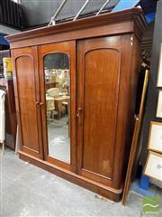 Sale 8472 - Lot 1010 - Mahogany 3 Door Wardrobe