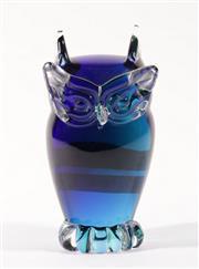 Sale 9003G - Lot 605 - An art glass figure of an owl (H16cm)