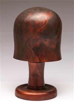 Sale 9104 - Lot 99 - A Vintage Hat Block (H 31cm)