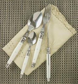 Sale 9240L - Lot 40 - 24-Piece Cutlery Set - White (straight handles) - Laguiole  Lineaire by Louis Thiers