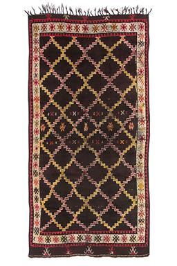 Sale 9149C - Lot 26 - MOROCCAN VINTAGE AZILAL, 135X275cm