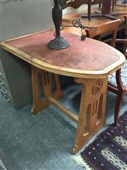 Sale 8661 - Lot 1040 - Timber Cafe Table ex. Niagara Cafe, Katoomba
