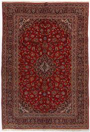 Sale 8760C - Lot 8 - A Persian Najafabad From Isfahan Region 100% Wool Pile On Cotton Foundation, 420 x 292cm